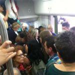 situazione treni sovraffollati
