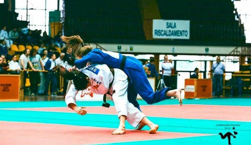 Sara d'Agostino (44 kg) durante i campionati a Catania