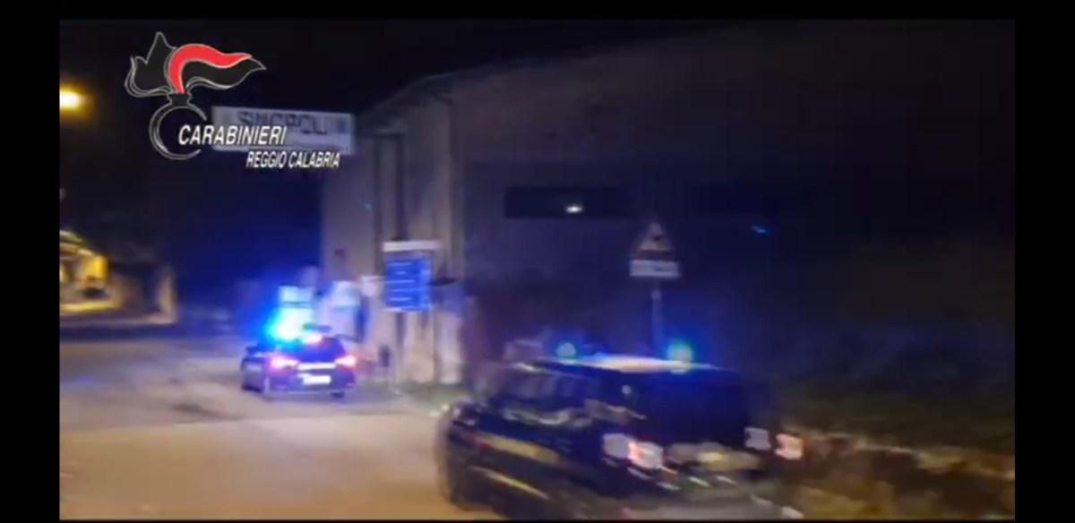'NDRANGHETA: Vasta operazione dei Carabinieri nel reggino. Arrestato anche un sindaco e due imprenditori.