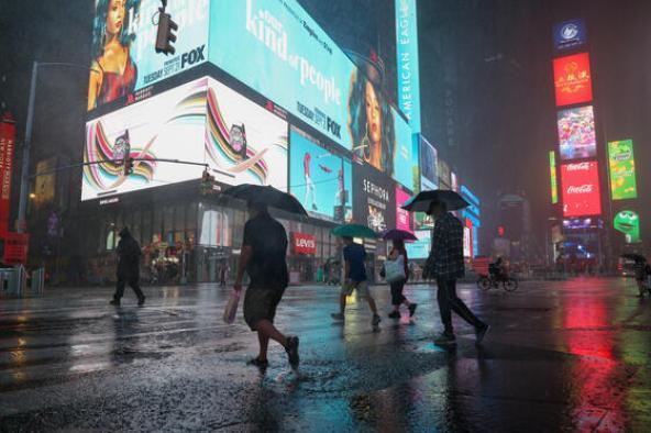 Nueva York declara el estado de emergencia tras el azote de los restos de Ida