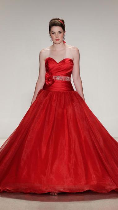 Estos son los vestidos de novias de Alfred Angelo, inspirados en las ...