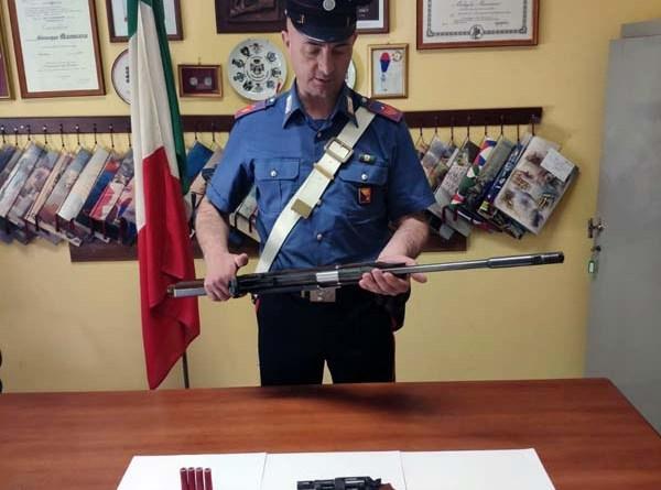 Mistretta, i Carabinieri arrestano un uomo per detenzione abusiva di armi