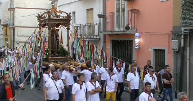 La processione di Sant'Antonio Abate a Troina – VIDEO