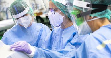 """""""Team multidisciplinare per gestione malati cancro al polmone"""""""