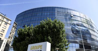 """Renault taglia 15 mila posti in 3 anni: """"Risparmi oltre 2 mld"""""""