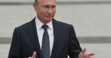 """Coronavirus, Putin annuncia: """"Approvato primo vaccino"""""""