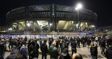 """Lo stadio San Paolo diventerà stadio Maradona"""