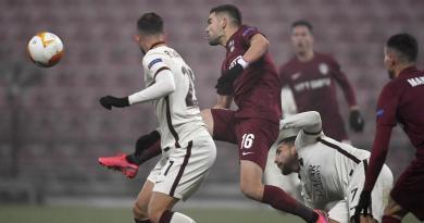 Roma vince 2-0 a Cluj e vola ai sedicesimi
