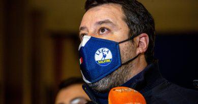 """Governo, Salvini: """"Meglio ridare la parola agli italiani"""""""