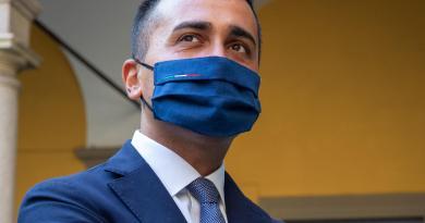 """M5S, Di Maio: """"Siamo Movimento moderato e liberale, sì a Conte"""""""