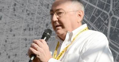 M5S, l'ex Carelli incontra 8 parlamentari: faccia a faccia con Spadafora