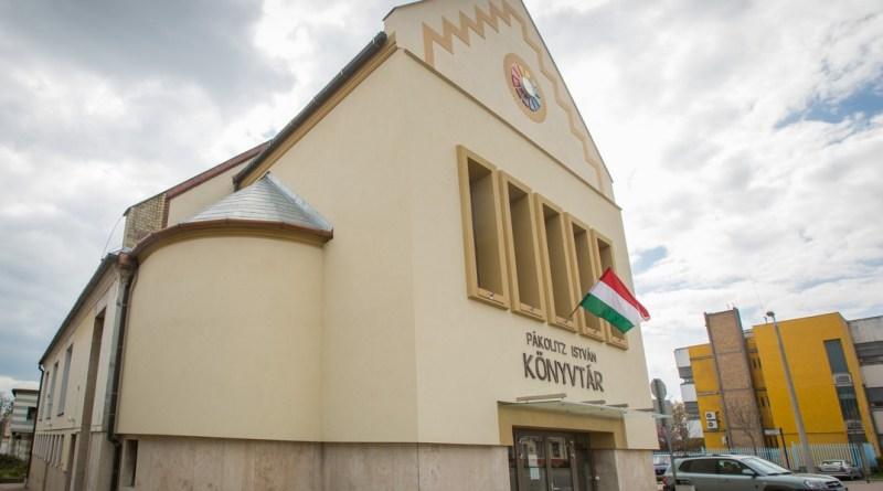 Pákolitz István Városi Könyvtár. Fotó: Babai István/Paksi Polgármesteri Hivatal/archív