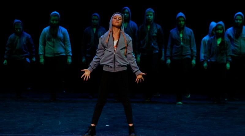 Destiny's Dancers. Fotó: Molnár Gyula/Paksi Hírnök