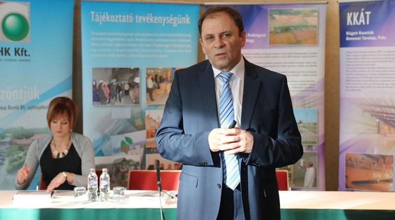 Dr. Kereki Ferenc az RHK Kft. évzáró sajtótájékoztatóján. Fotó: Molnár Gyula/Paksi Hírnök