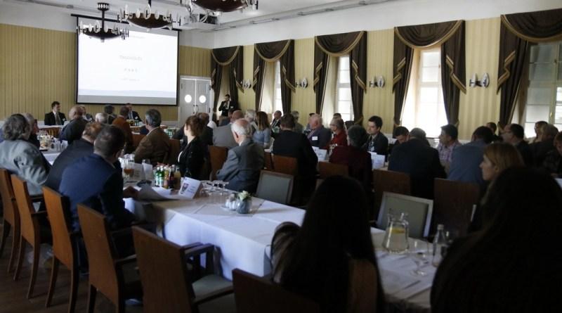 A Mezőföldvíz Kft. taggyűlésén értékelték az eddigi eredményeket. Fotó: Molnár Gyula/Paksi Hírnök