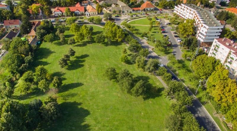 A Táncsics park lesz a Város napja program helyszíne. Fotó: Babai István/Paksi Polgármesteri Hivatal