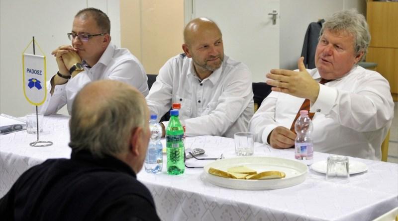 Süli János miniszter vendégségben a PADOSZ-nál. Fotó: Vida Tünde