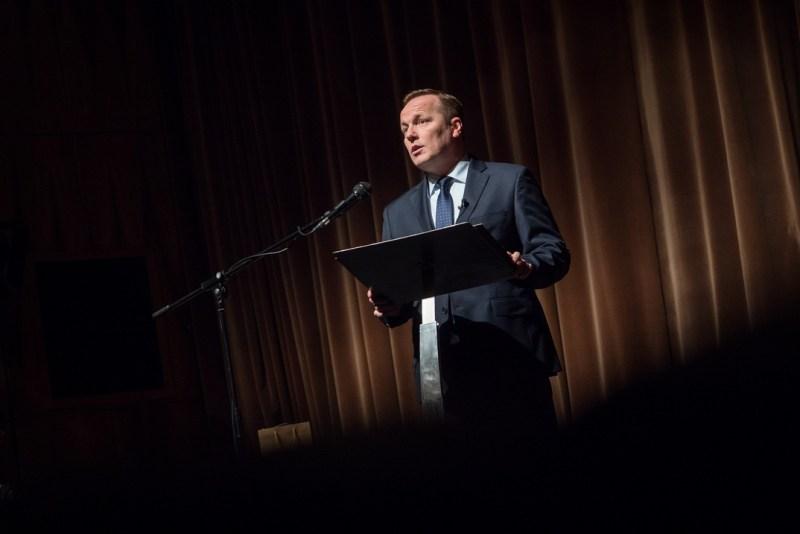 Szabó Péter polgármester beszédet mond a magyar kultúra napja alkalmából tartott városi ünnepségen. Fotó: Babai István/Paksi Polgármesteri Hivatal