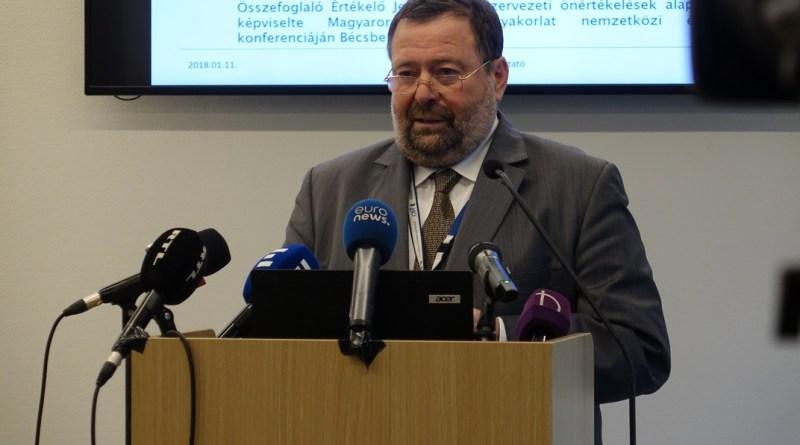 Fichtinger Gyula főigazgató. Fotó: Vida Tünde