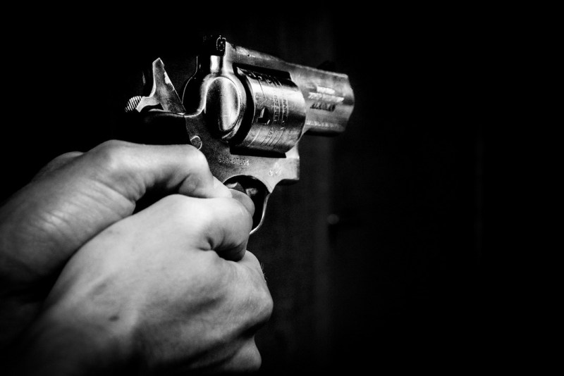 Pisztollyal lőtték mellbe a férfit. Fotó: Pixabay