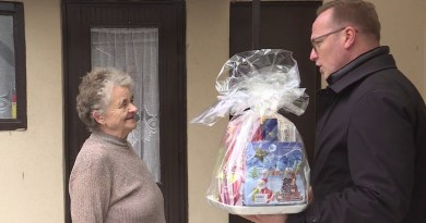 Karácsonyi ajándék a nyugdíjasoknak