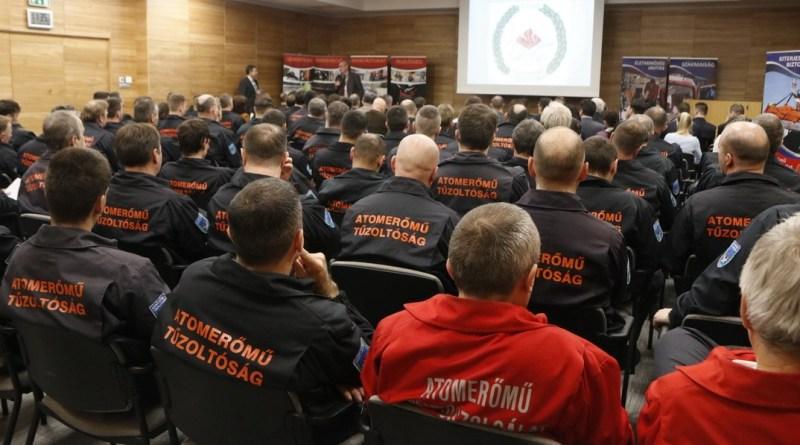 Állománygyűlés az Atomerőmű Tűzoltóságnál. Fotó: Molnár Gyula/Paksi Hírnök
