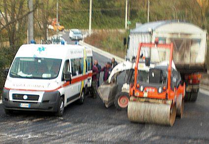 Squille-15x10-ambulanza-mezzi-opera-7150