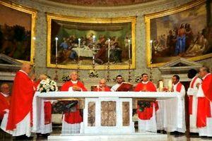 caserta-duomo--vescovo-messa-11-300x200