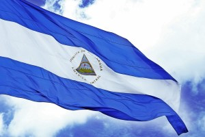 Bandera de Nicaragua. Imagen: Alberto Ramírez / Flickr.