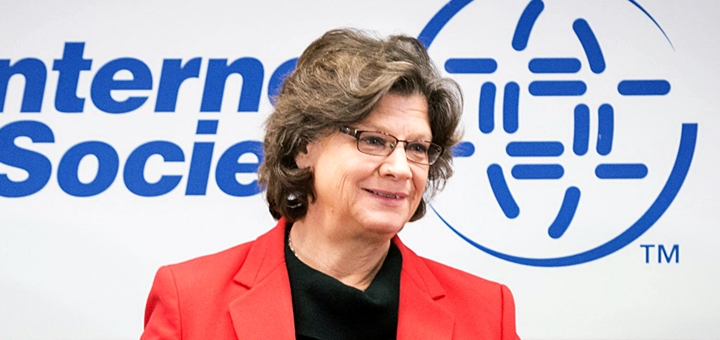 Kathryn Brown, directora ejecutiva de ISOC. Imagen: ISOC.