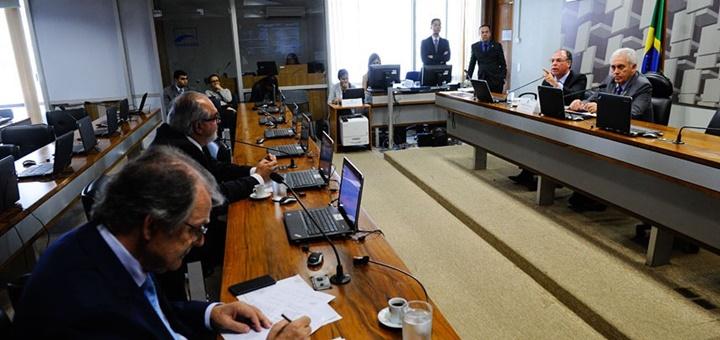 Reunión de la Comisión Especial de Desarrollo Nacional. Imagen: Agencia Senado.