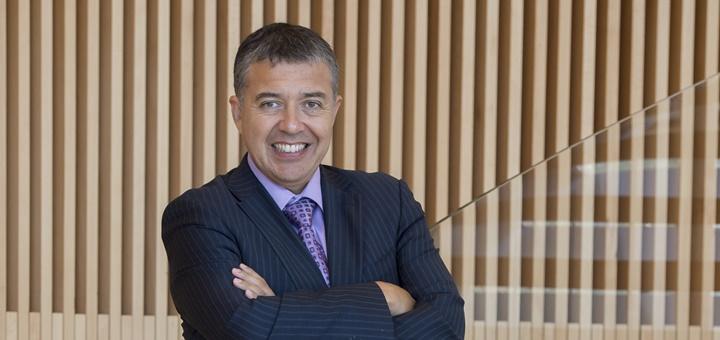 Manuel Araya, gerente de Regulación y Asuntos Corporativos de Entel Chile. Imagen: Entel