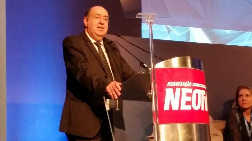 João Rezende, presidente da Anatel, durante evento da Neo TV