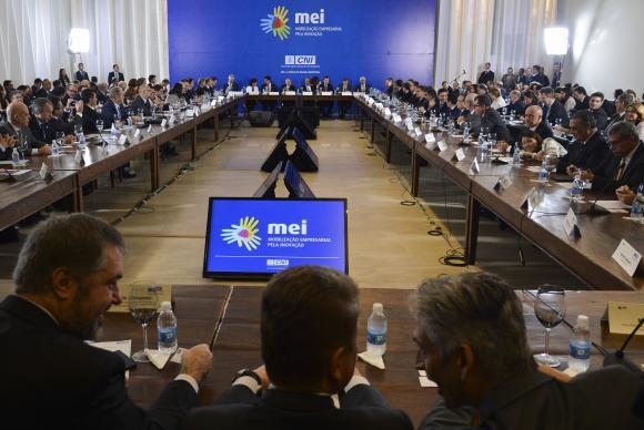 Michel Temer se reuniu com mais de 100 empresários durante duas horas na sede da Confederação Nacional da IndústriaAntonio Cruz/Agência Brasil