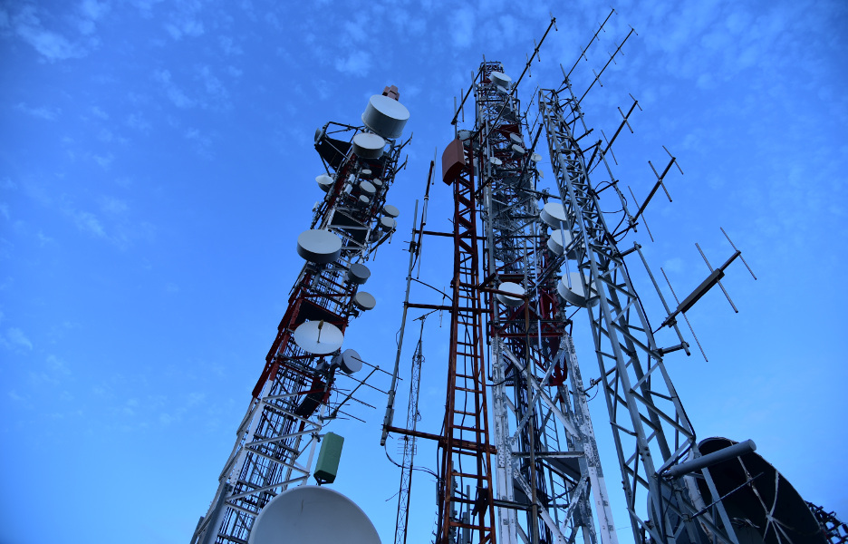 torres-espectro-celular-infraestrutura