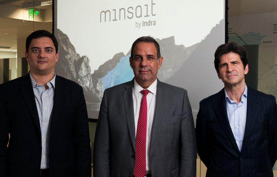 Da esquerda para a direita: Wander Cunha, diretor da Minsait, Jorge Arduh, CEO da Indra Brasil, e Silviano Andreu, VP global da Minsait.