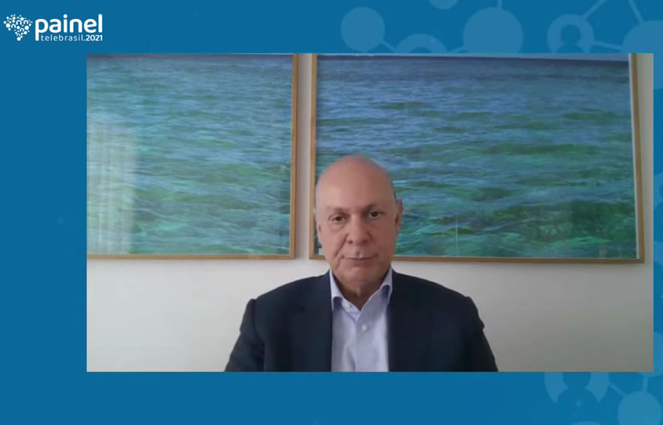 Paulo César Teixeira, CEO da Claro no painel Telebrasil - Foto: Divulgação