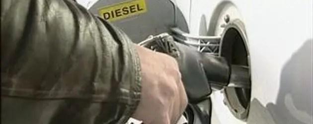 Caro benzina, online benzinai senza marchio