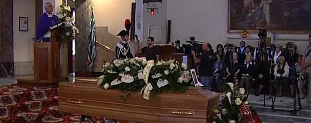 Vittime sisma 20 maggio, i funerali di Cavicchi
