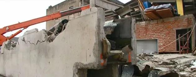 Monti licenzia il decreto ricostruzione
