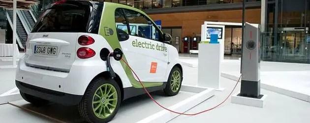 Auto elettriche, colonnine in Regione: c'è anche Ferrara