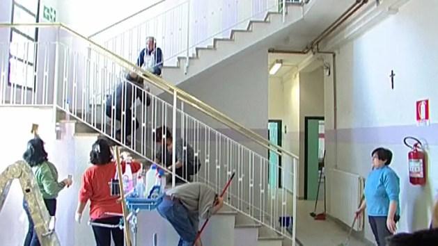 Masi Torello, professori, nonni e genitori al lavoro per fare bella la scuola media – VIDEO e INTERVISTE