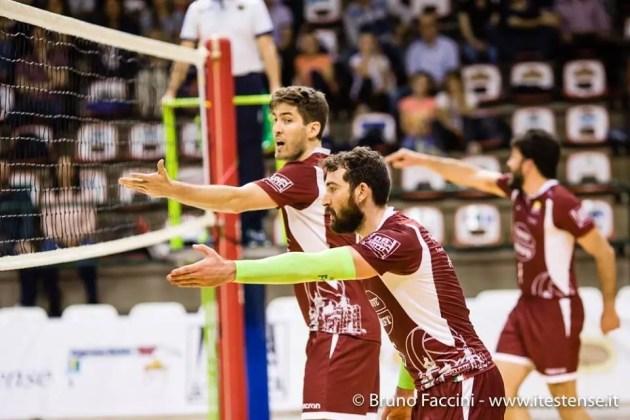 Pallavolo: Krifi Caffè 4Torri Volley Ferrara – Fanton Modena Est 1- 3