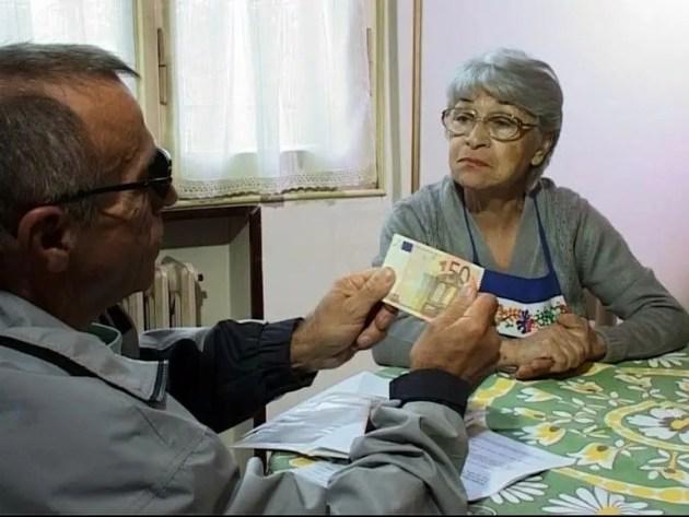 Anziane truffate: più di 10 mila euro rubati da finto operaio dell'acquedotto