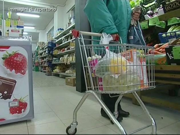 Emergenza coronavirus, buoni spesa Comune Ferrara: assegnata più della metà dei fondi