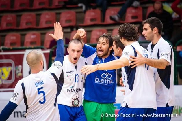 Pallavolo: Krifi Caffé 4Torri Volley – Volley Loreto 3-0, ok anche Sama e Fruvit