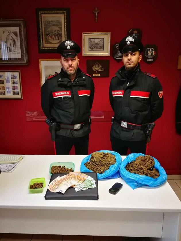 'Maria' in auto: carabinieri arrestano operaio di 56 anni