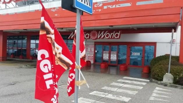 Mediaworld: sciopero 'improvviso' per le festività pasquali