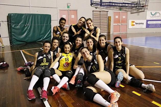 Volley B2 femminile: Termina con i sorrisi la stagione della Fruvit.