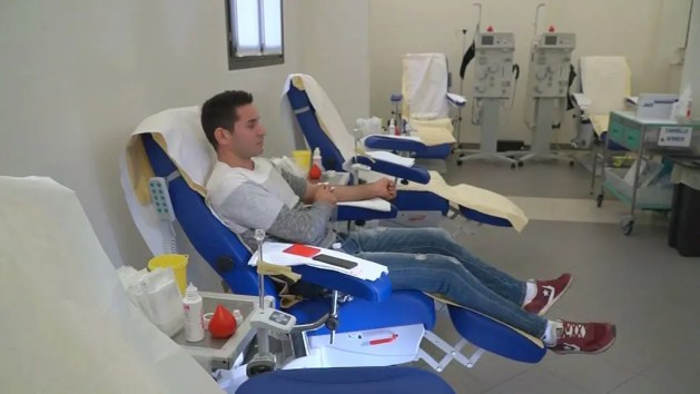 Avis, l'integrazione passa per la donazione del sangue – VIDEO